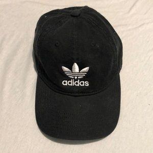 bc59eb07d2137 adidas Accessories - ADIDAS ORIGINALS PRECURVED WASHED STRAPBACK HAT